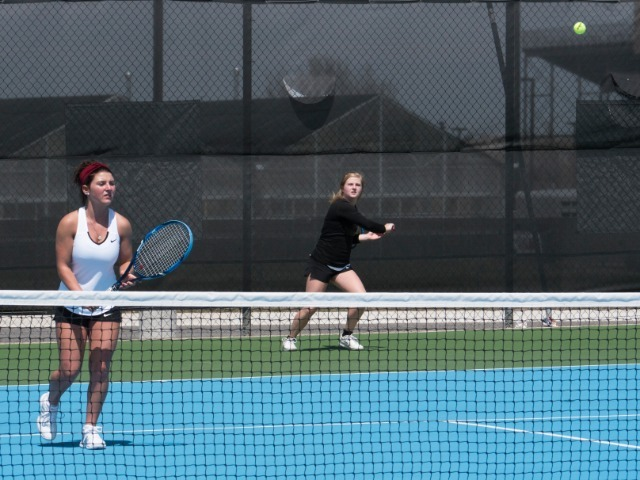 Lady Tigers qualify four for state tennis
