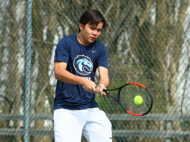 Tennis Begins Anticipated Season with Two Wins