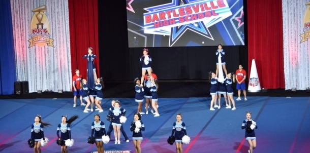 Bartlesville Cheer at Nationals!