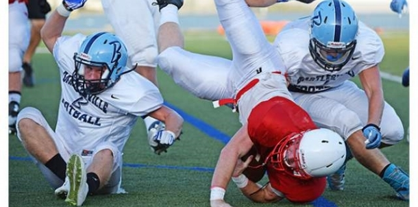 Bruins Make Tackle in Friday Night's Scrimmage.