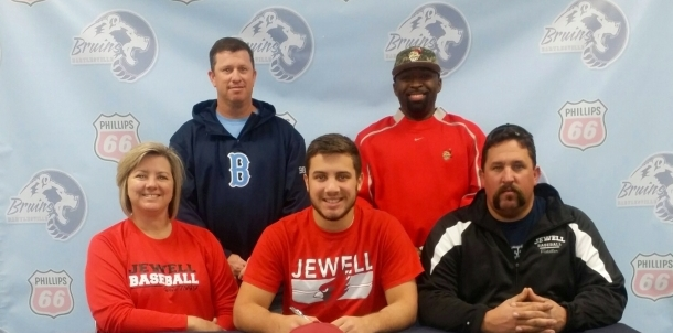 Fiddler Signs With William Jewell