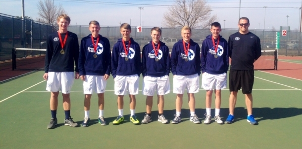 Bruin Tennis Qualifies for State!