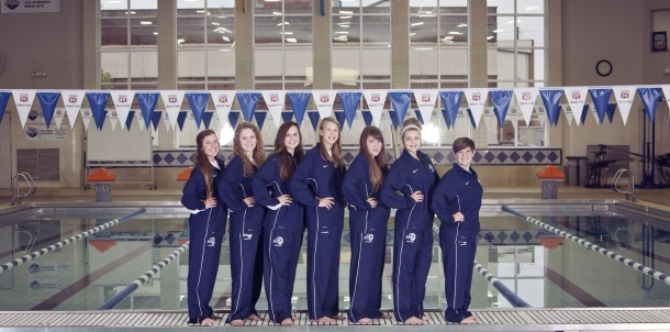 2013-2014 Lady Bruin Swimmers