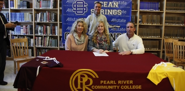 Katelyn Williams signs with PRCC