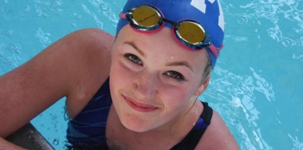 Sophomore Swimmer Gabby Lewis