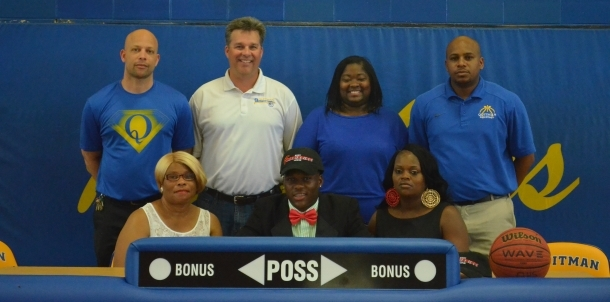 Anterio McKines Signs With East Mississippi
