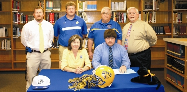 Thomas Tucker Signs with Faulkner University