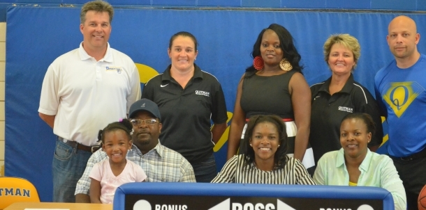 Tekerri Cooks Signs With Pearl River Community College