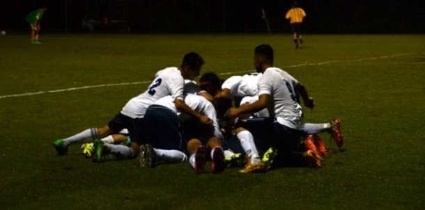 SSS Dog pile after win