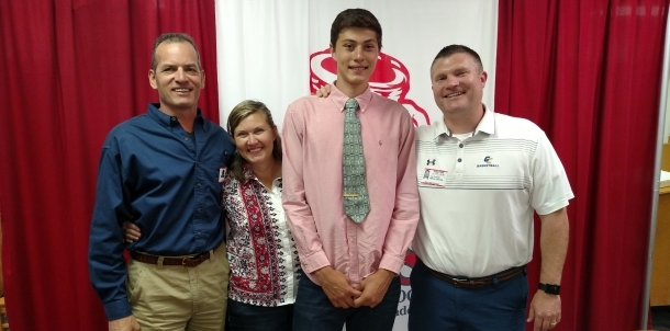 Cody Johnson signs with Gulf Coast State College