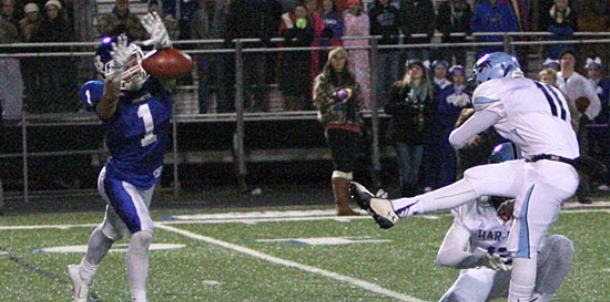 Tipton's block saves Hornets' playoff victory over Har-Ber