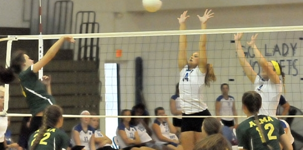 Bryant sweeps past Alma for first conference win