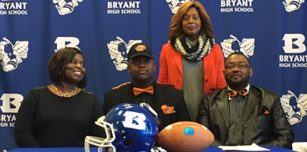 Just call him 'Cowboy Cam'; Bryant's Murray signs with OSU