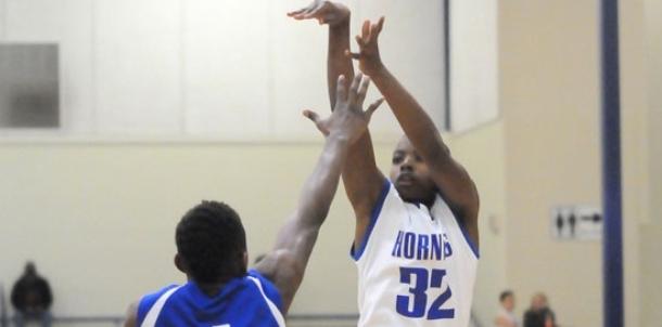 Freshman Hornets persevere, win despite frosty shooting