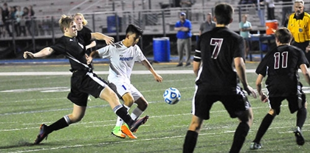 Hornets, Panthers battle to scoreless draw in opener