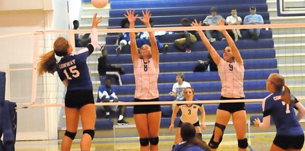 Lady Hornets challenge Conway but fall in four sets