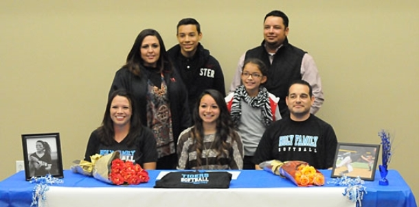 Highly-touted Lady Hornets newcomer Hernandez signs with Holy Family University