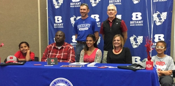 Lewis turns hard work, sprint talent into a scholarship with Arkansas State