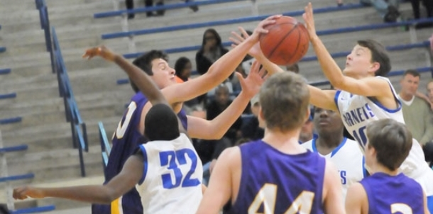 Opening blitz sets Hornets freshmen on the path to victory