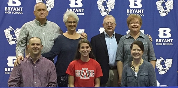 Bryant's Shelby joins in, signs to run at Arkansas State