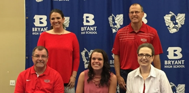 Versatile Selig signs up to join Red Wolves women