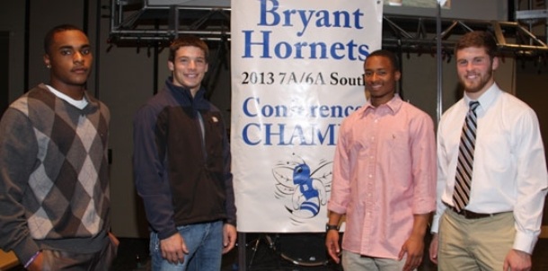 Hornets celebrate 2013 football season with banquet, awards