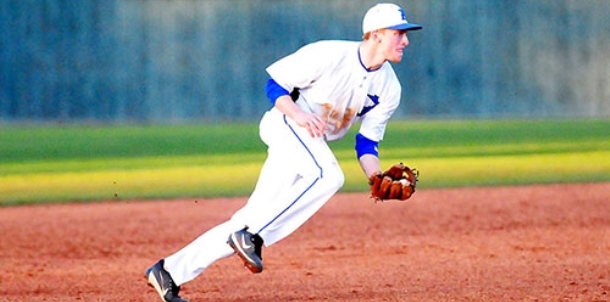 Hornets' bats silenced in first two games at Waco tourney