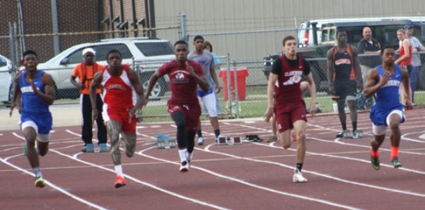 Hornets overwhelm competition at Badger Relays