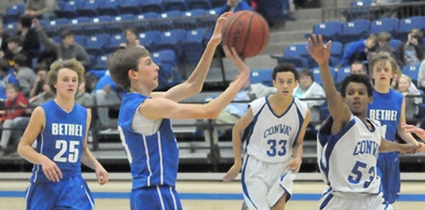 Conway White escapes Bryant Blue in season finale
