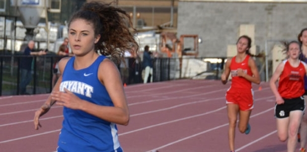 Hood, Lewis lead Lady Hornet contingent at Lake Hamilton meet