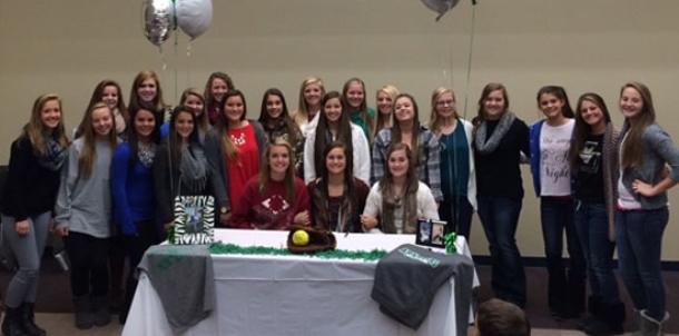 Lady Hornets' Williams signs with UAM