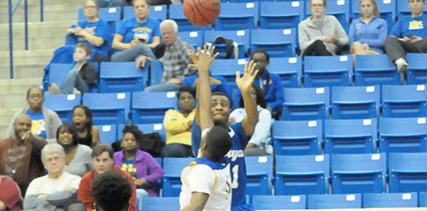 Hornets' remarkable comeback falls 2 points short at North Little Rock