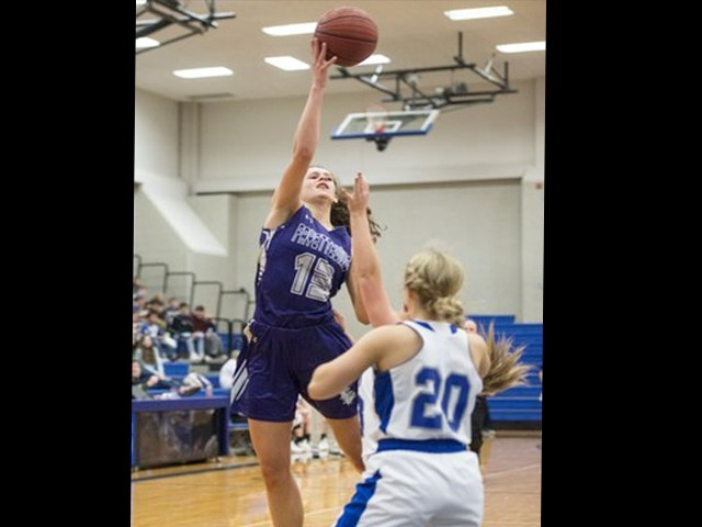 Goforth shoots Fayetteville past Rogers High