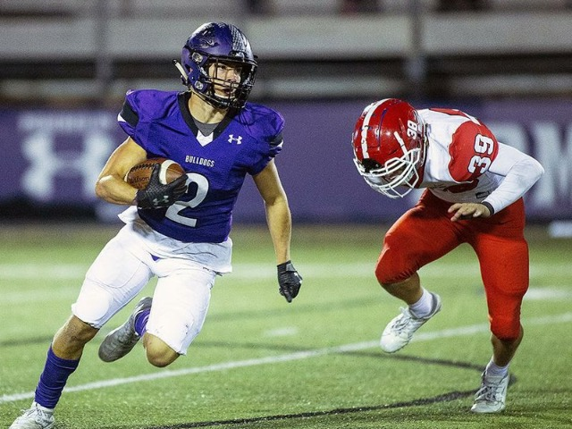 Fayetteville advances after big game from Flannigan