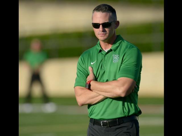 Fayetteville chooses former Hog quarterback to lead program