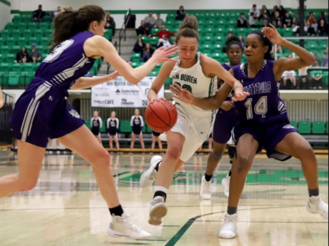 Lady Pointers snap Lady Bulldogs' historic streak