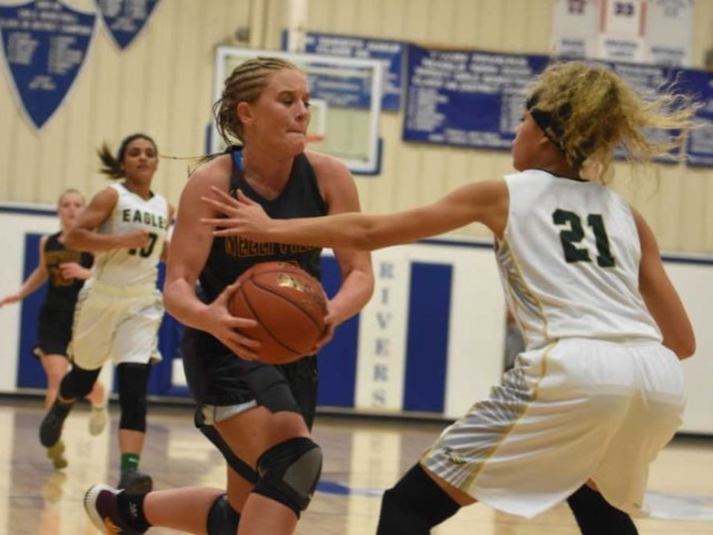 Neelyville girls basketball starts fast, tops NMCC to reach 6th straight Lady Royals Classic final