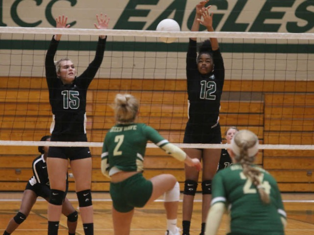 Decisive third set goes Malden's way against New Madrid County Central volleyball