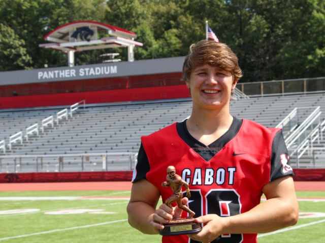 Cabot Linebacker Earns Hooten Scholar Athlete of the Week