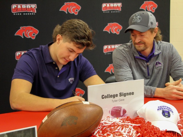 Tyler Gee: College Signing 2020