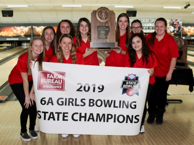 Lady Panthers Bowling Team Wins 5th Straight State Championship Title
