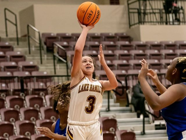 Lady Wolves roll early in rout