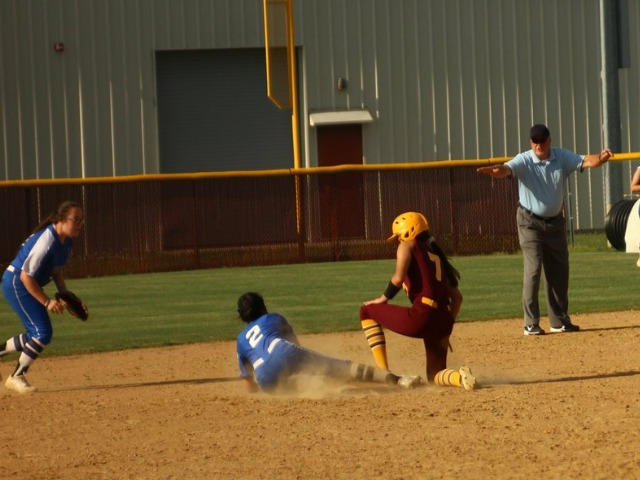 Lady Wolves down Sylvan Hills Tuesday