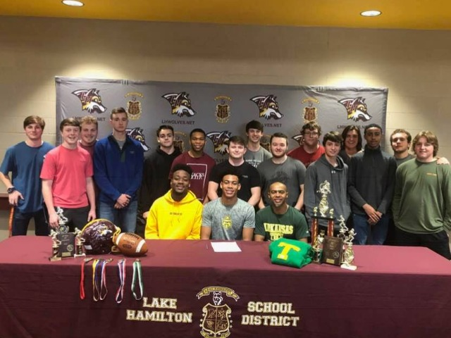 Kanaan Williams signs to play football at Arkansas Tech