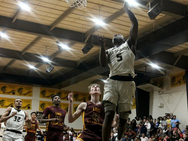 Image for article titled Trojans tame Wolves with big second half