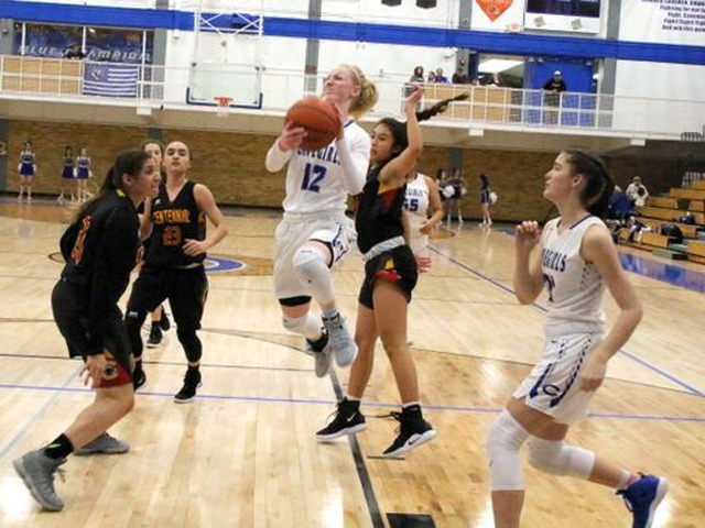 Boswell explodes for 19 in second half, Cavegirls advance to quarterfinals