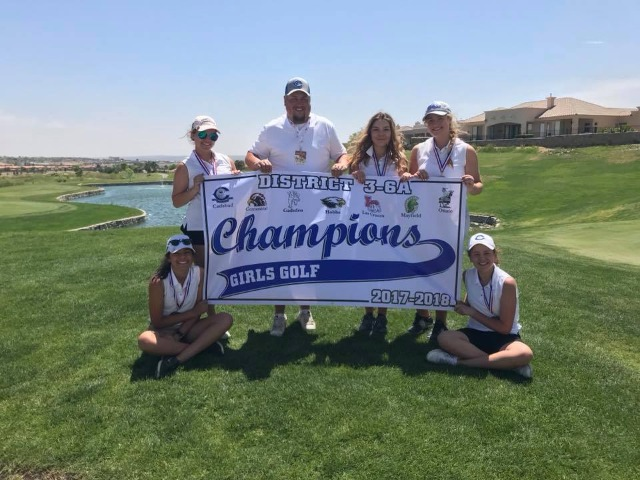 Cavegirl golf teams earned District 3-6A titles!