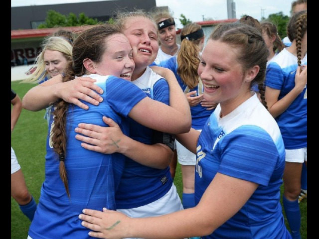 Harrison goes long for seventh state title
