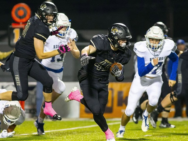 Pankau's interception secures Bentonville victory