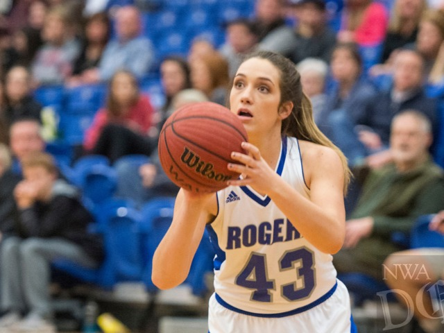 Bulldogs use fast start to down Mounties